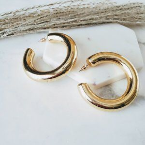 5 for $25 Gold Color Wide Hollow Hoop Earrings 2'